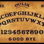 Utiliser un Ouija pour la chasse aux fantômes